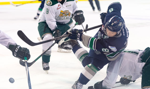 Silvertips win 4-1 as Thunderbirds lose first home loss in regulation time