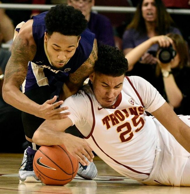 Huskies drop from first place, lose 88-98 vs Trojans