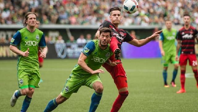 Reaction: Sounders surrender 4 first half goals to Timbers, rally falls short