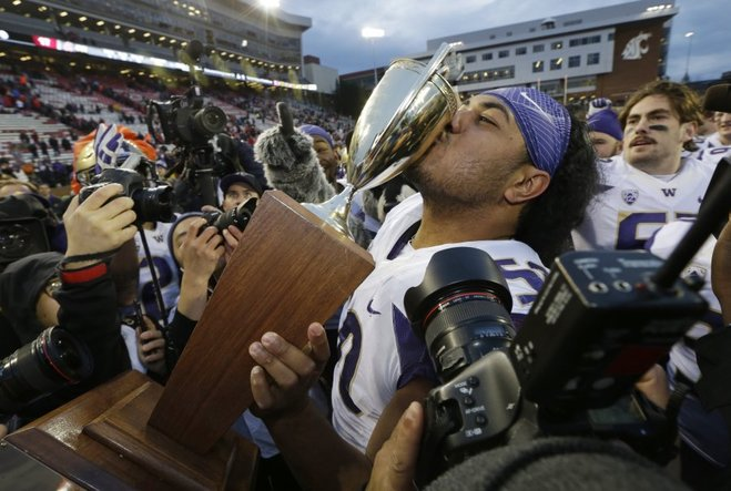 Reaction: Huskies blow through Wazzu 45-17, win Apple Cup and Pac-12 North