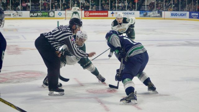 Silvertips faceoff against archenemies Thunderbirds, lose 3-2