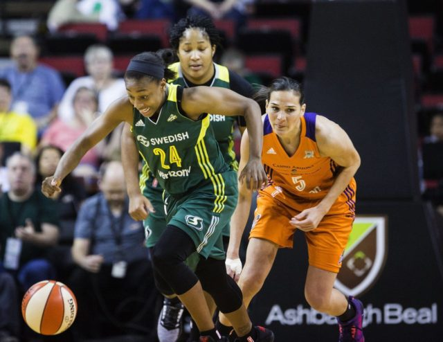 Roundball Roundup: Bird returns, Jewell shines as Storm roll over Mystics 81-71