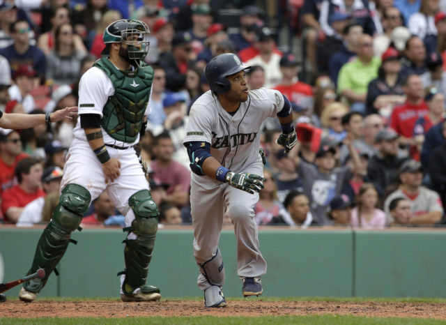 M's suffer two embarrassing losses before finally winning one