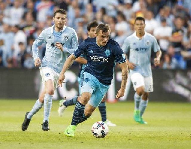 Sporting KC dumps Sounders 3-0 off a Gerso hat-trick