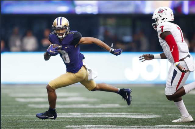 Bulldogs bow down to Dante Pettis as he scores 4 TDs enroute to a Husky 48-10 win.