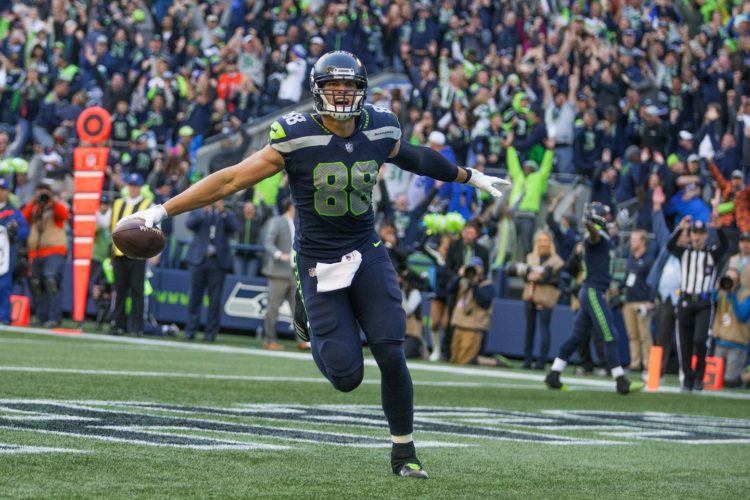 Seahawks tight end Jimmy Graham with game winning TD grab against Texans in 41-38 victory in CenturyLink Field (Mike Siegel / The Seattle Times)