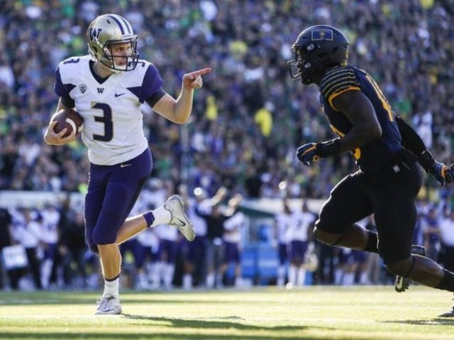 High scoring Ducks out to test UW's defense