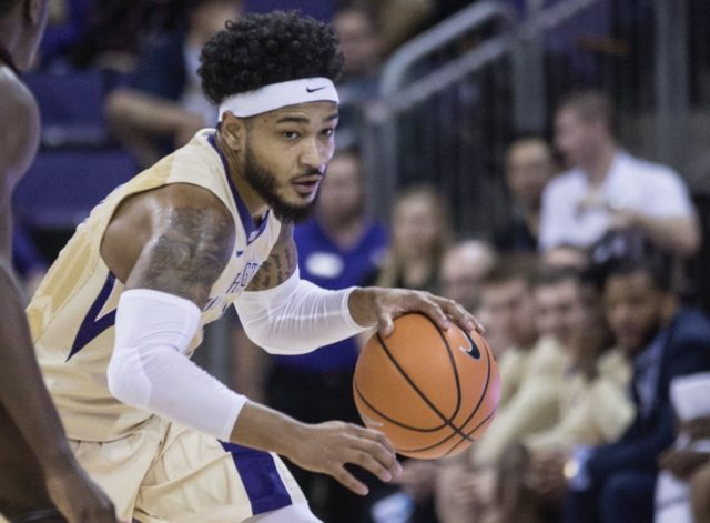 Huskies hoops roundup: homestand concludes with 3 straight wins, Dawgs now 10-3