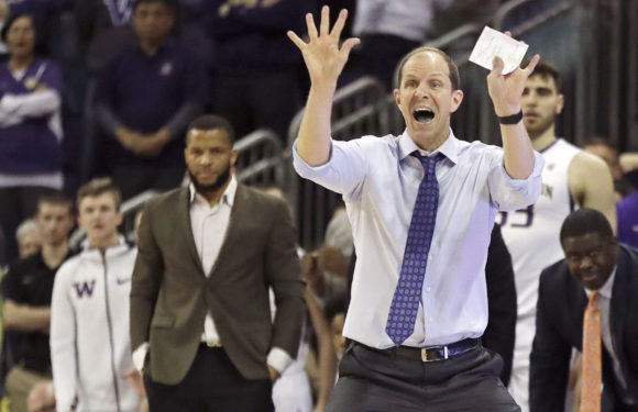 Reaching 20 wins, Mike Hopkins wins PAC-12 Coach of the Year