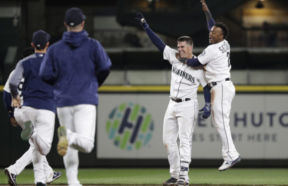 Mariners can't stop Angels, lose important weekend series