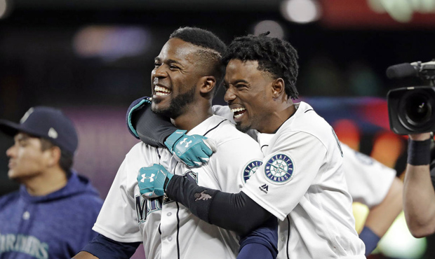 Mariners tame the Motor-city Kitties winning series against the Tigers