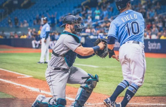 Mariners take series against the Rays, still hold on to lead in AL West