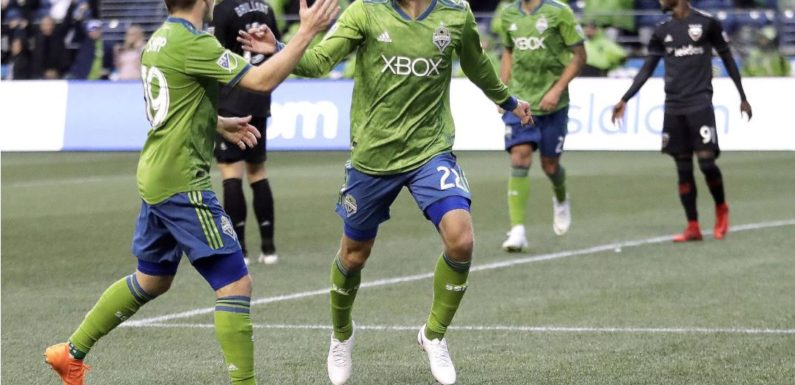 Sounders get a much needed 2-1 win over United