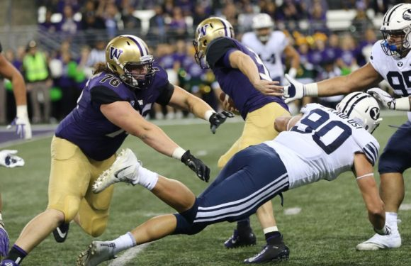 #11 Huskies dismantle #25 BYU 35-7