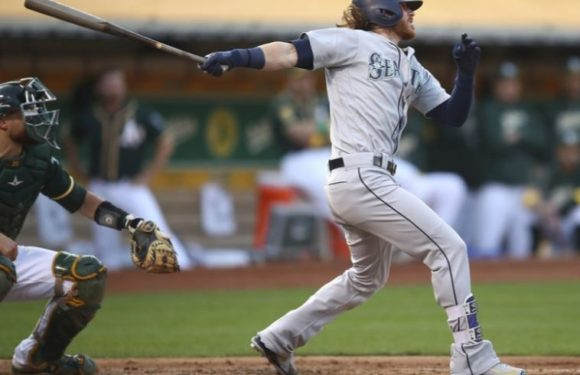 Mariners split series with Athletics, which just isn't good enough