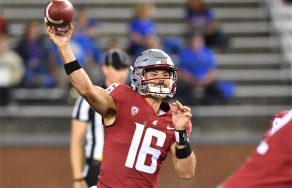 """""""Uncle Rico"""" leads his Cougs to Victory"""