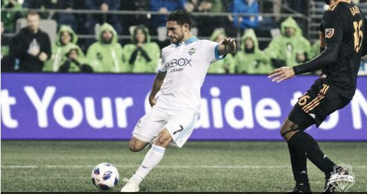 Sounders obliterate Houston 4-1, inch closer to playoffs