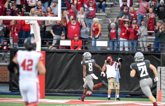 Minshew Leads the Cougars to Homecoming Victory over the Utes