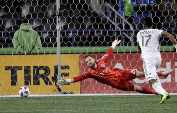 Epic season stopped by arch-rival; Sounders lose to Portland on goal kicks