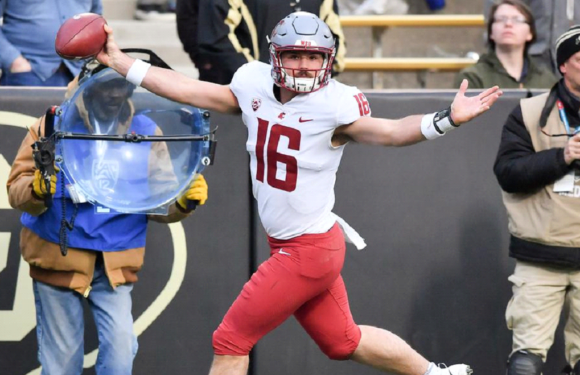 The Legend of Minshew Continues on:  Washington State Overwhelms Colorado 31-7
