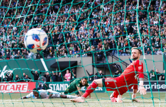 Sounders drop game 1 of MLS playoffs to Timbers 2-1